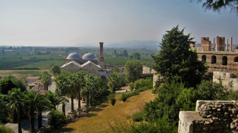 Isa Bey mosque.jpg